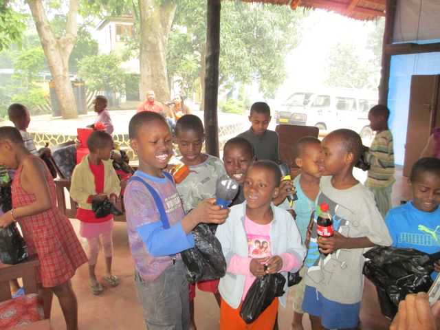 The children showing babu (grandpa) Pete their treasure!
